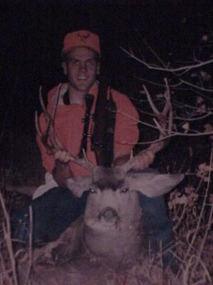 Click to view full size image  ==============  1999 Rifle Buck