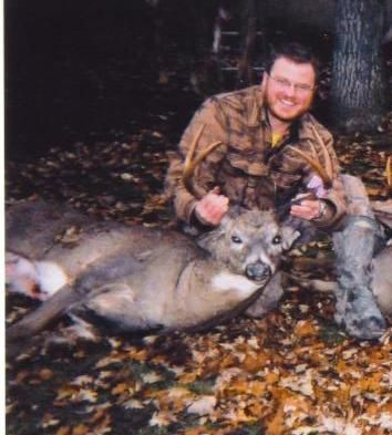 Ontario 12pt 12pt shot in Ontario 2004 with a 7mm rem mag 150gr CT Ballistic tip handload.
