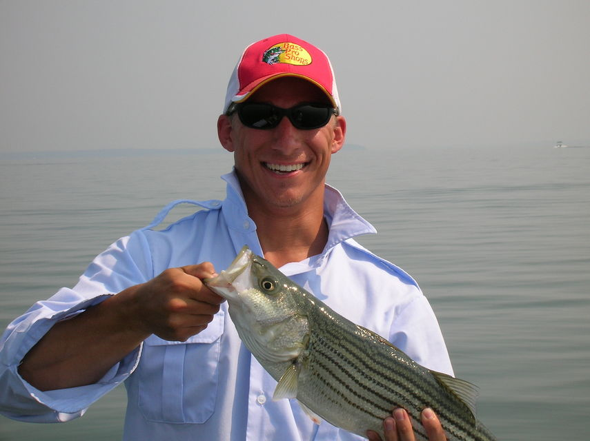 Click to view full size image  ==============  Lake Texoma striper fishing