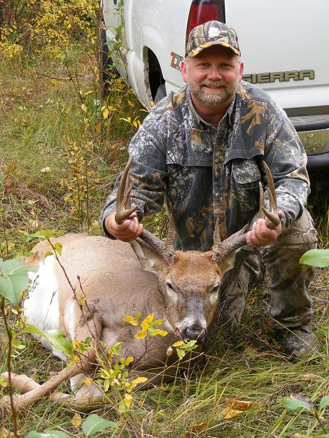 2009_0925firstwhitetail0003.jpg