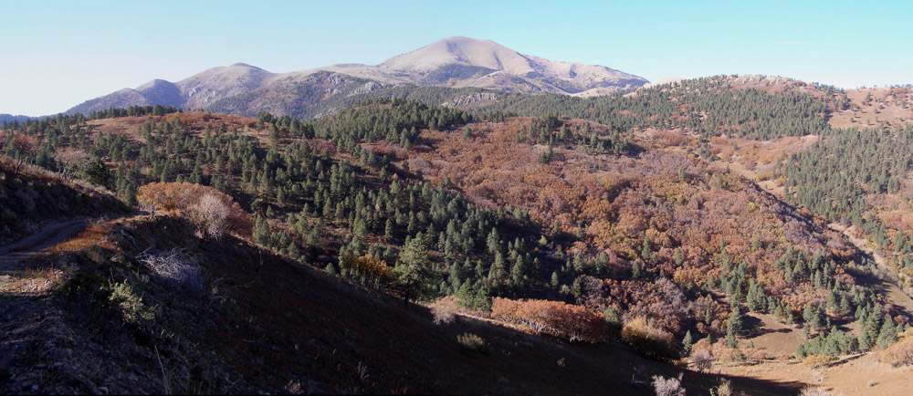 sierra blanca peak looking to the nw.jpg