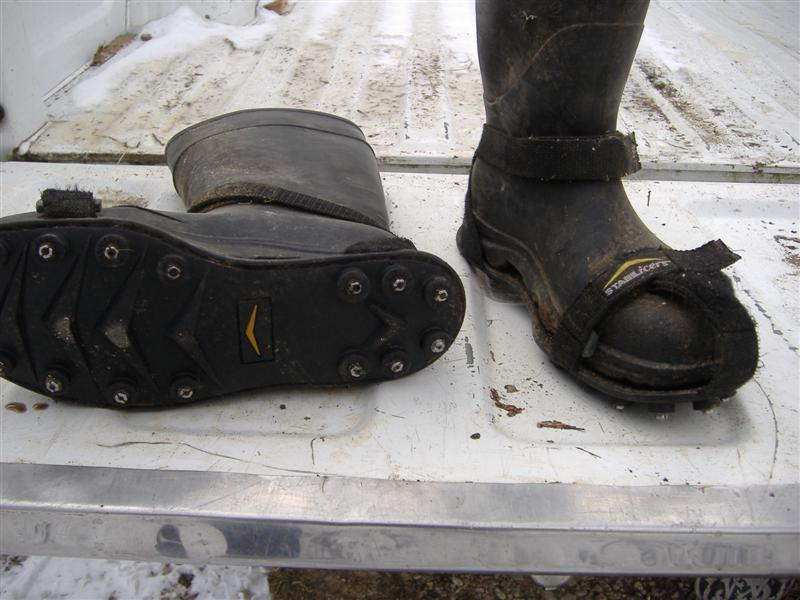 strap-on ice cleats 001 (medium).jpg